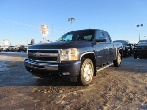 Pre-Owned 2010 Chevrolet Silverado 1500 LT. Text 780-205-4934 for more information! 4WD