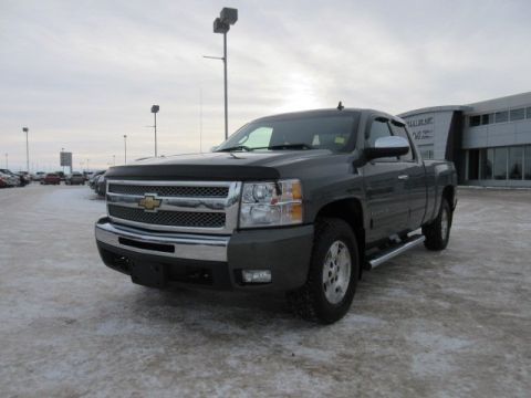 Pre-Owned 2011 Chevrolet Silverado 1500 LT. Text 780-205-4934 for more information! 4WD