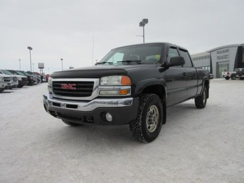 Pre-Owned 2003 GMC Sierra 1500HD SLE. Text 780-205-4934 for more information! 4WD