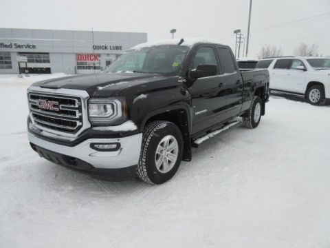 New 2017 GMC Sierra 1500 SLE. Text 780-872-4598 for more information! 4WD