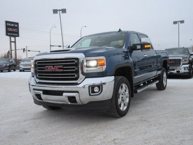 Certified Pre-Owned 2017 GMC Sierra 2500HD SLT. Text 780-205-4934 for more information!