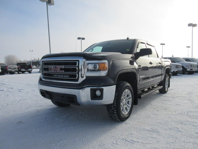 Certified Pre-Owned 2014 GMC Sierra 1500 SLE. Text 780-205-4934 for more information!
